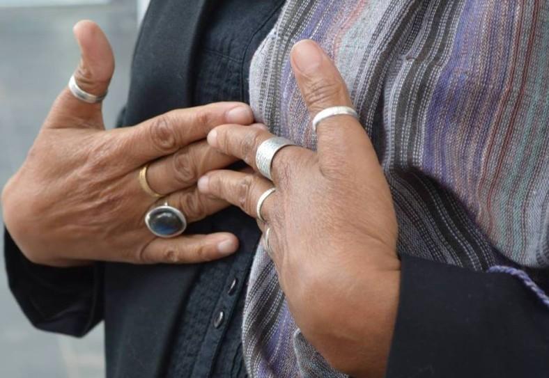 Amina Wadud hands